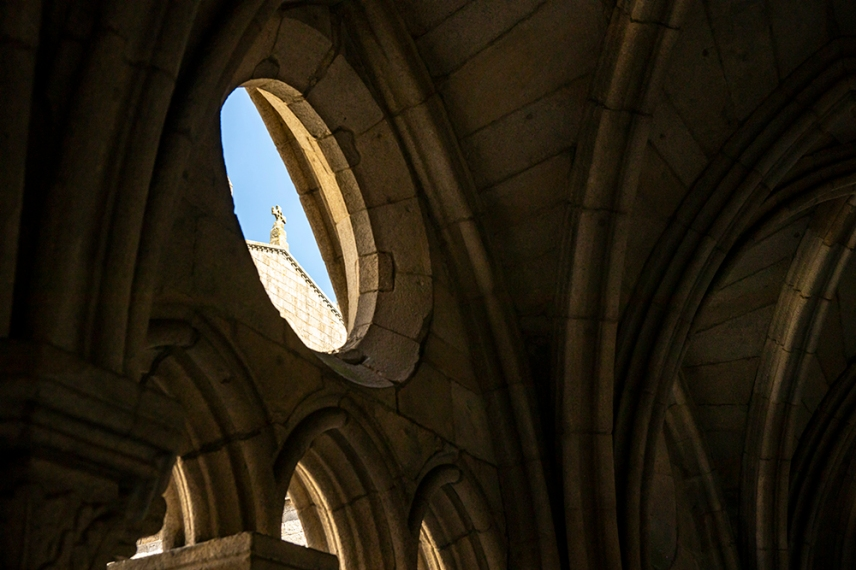 Вътрешния двор на катедралата.