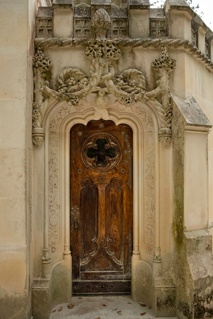 Вратата на параклиса в двореца Кинта да Регалейра.