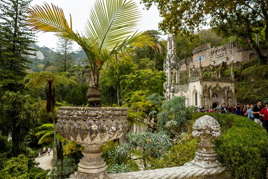 Параклиса в градината на двореца Кинта да Регалейра.