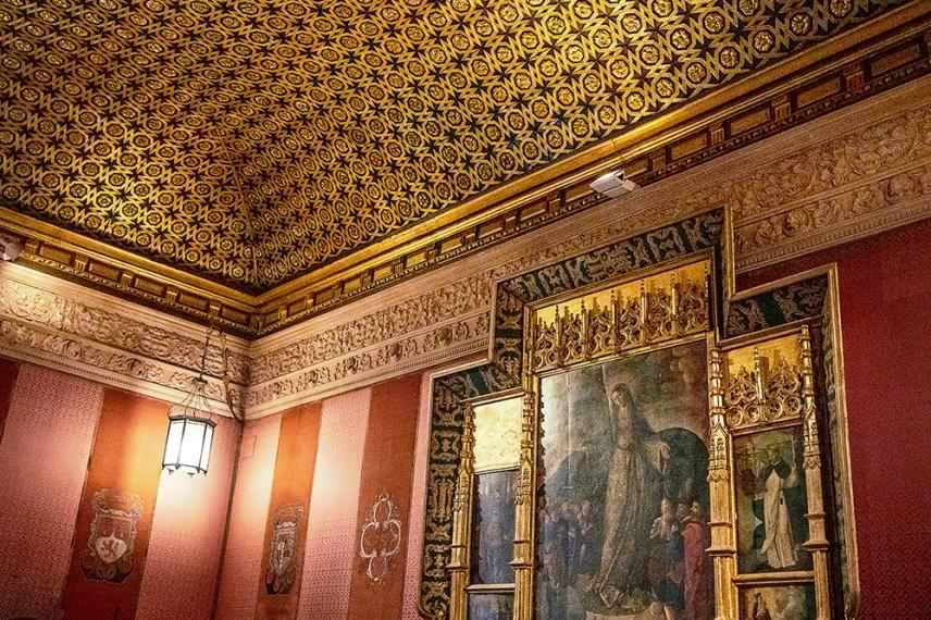 Една от залите в двореца Алказар.