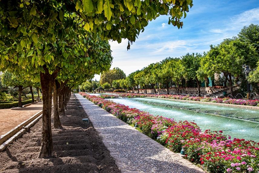 Градините на двореца Алказар в Кордоба.