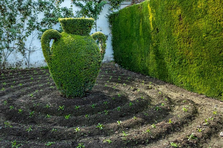В градините на двореца Алказар в Кордоба.