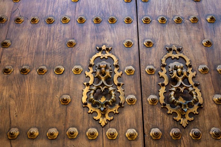 Вратата на двореца Алказар в Кордоба.