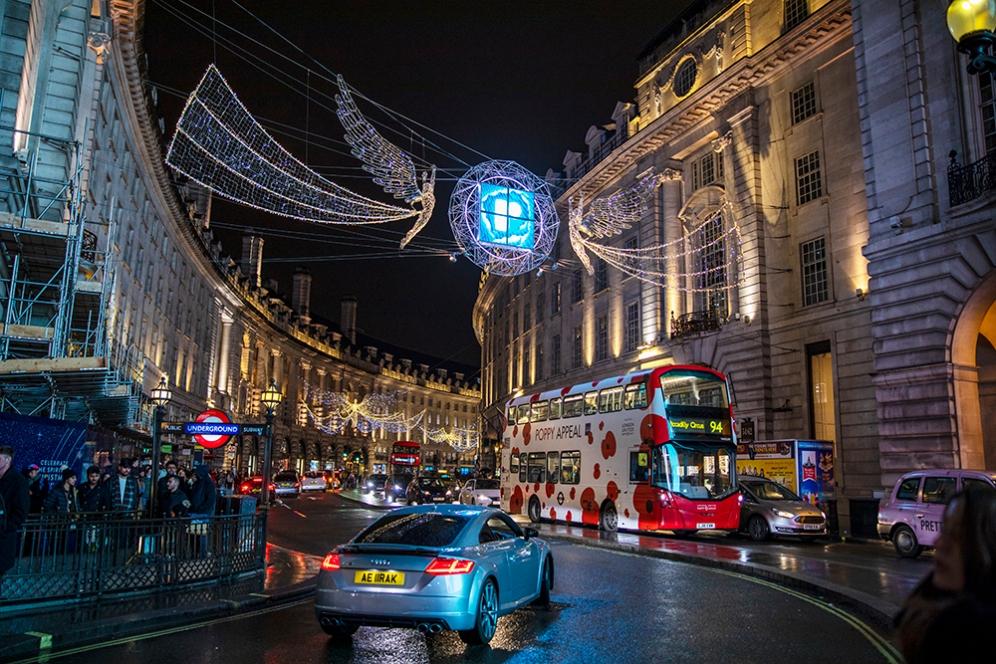 Коледната украса на ул.Риджънт, Лондон.
