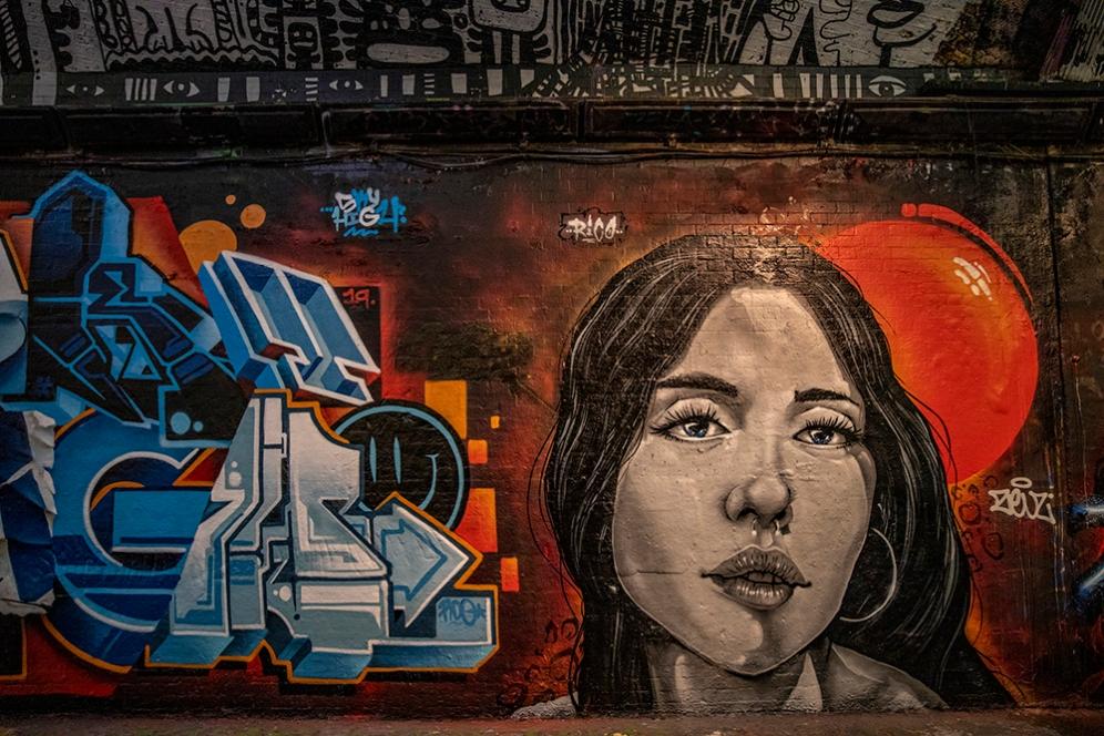 Графитите в тунела Banksy, Лондон.