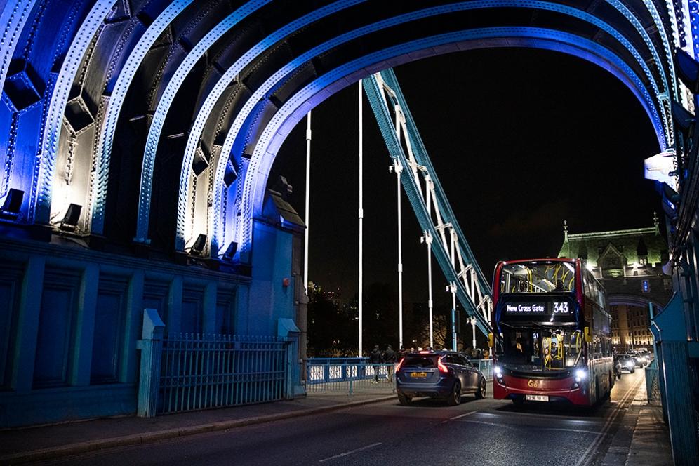 На моста Тауър.