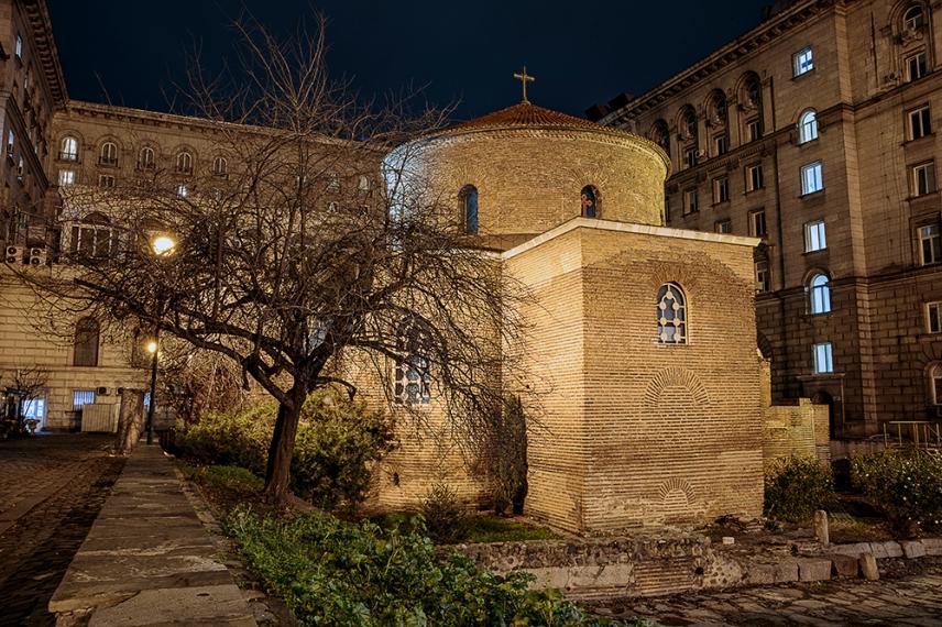 Храм ротонда Свети Георги.