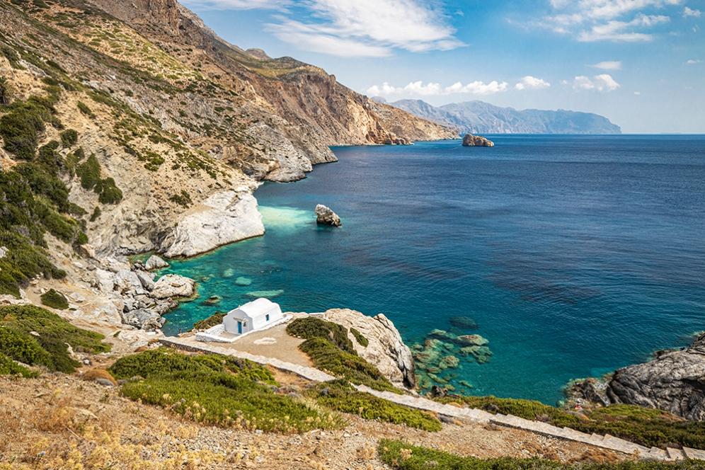 Плажът Агия Анна
