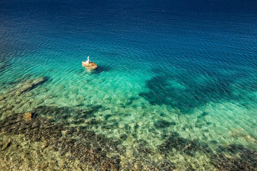 На път към плажа Малтези
