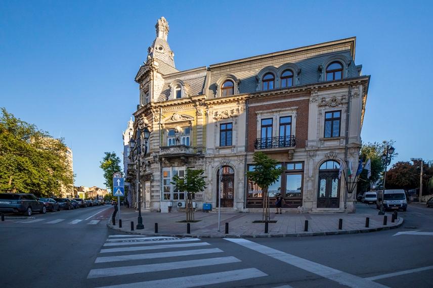 Красивите сгради в централната част на града.