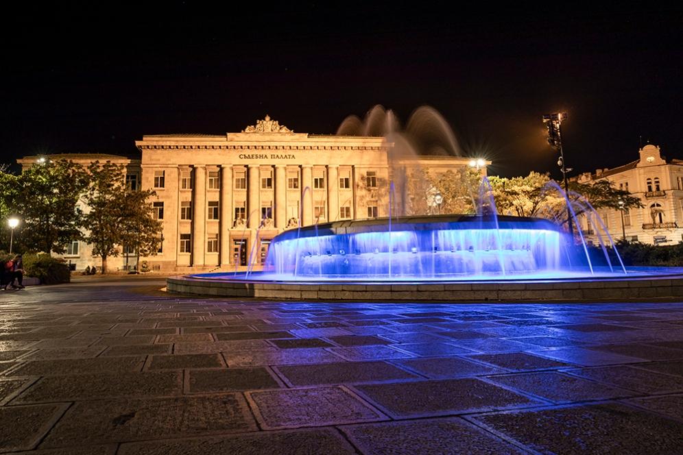 Съдебната палата на площад Свобода.
