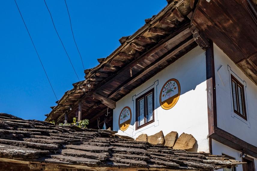 Архитектурни детайли от Старо Стефаново.