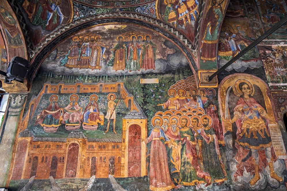 Главната църква в Троянския манастир.