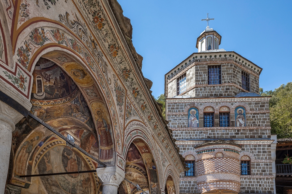 Камбанарията в Троянския манастир.