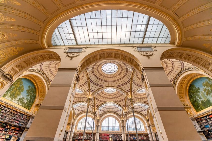 Библиотеката на ул.Ришельо - една от осемте сгради на Националната библиотека на Франция.